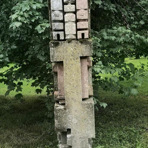 Modern and Garden Sculpture: Gerald Moore Abstract totem Ciment fondu 182cm high…