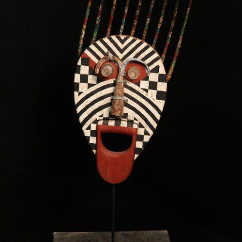 Sealed Bid Auction Modern and Garden Sculpture: Martin Scorey Red Chin Wood, met…