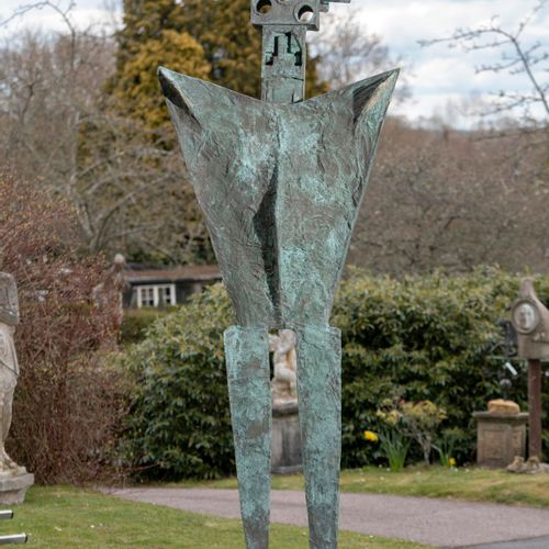 Modern and Garden Sculpture: Gerald Moore A monumental standing stylised figure …