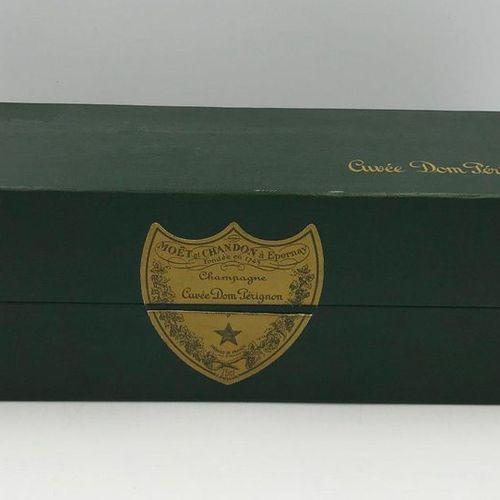 1 Bouteille Champagne DOM PÉRIGNON, 1978 1 Bouteille Champagne DOM PÉRIGNON, 197…