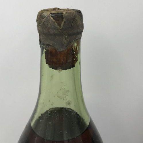 1 Bouteille Cognac NAPOLÉON mise E. Piercel de St Jacques 1 Bouteille Cognac NAP…
