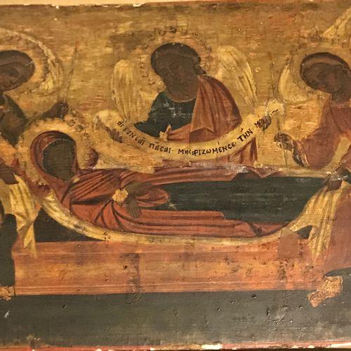 Rare icône de la Mise au tombeau de la Vierge Marie. Rare icône de la Mise au to…