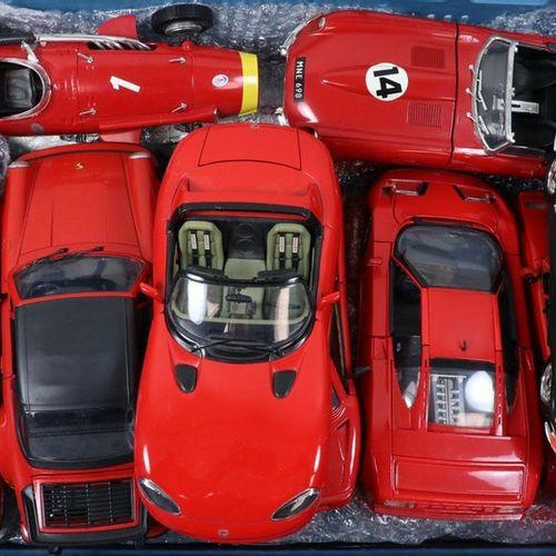 Auto's about 15 model cars, scale 1:18, Burago, Polistil, Maisto etc. Many Ferra…