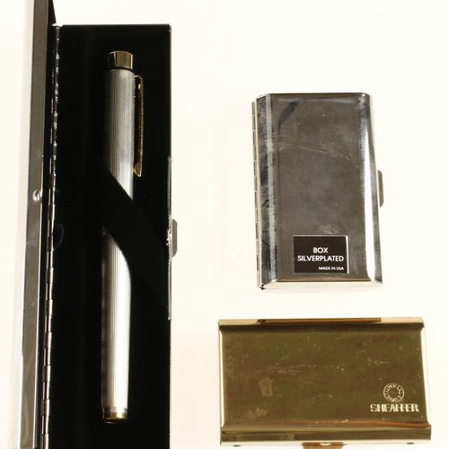 First rate silver Sheaffer fountain pen with 14kt gold crowns in original box