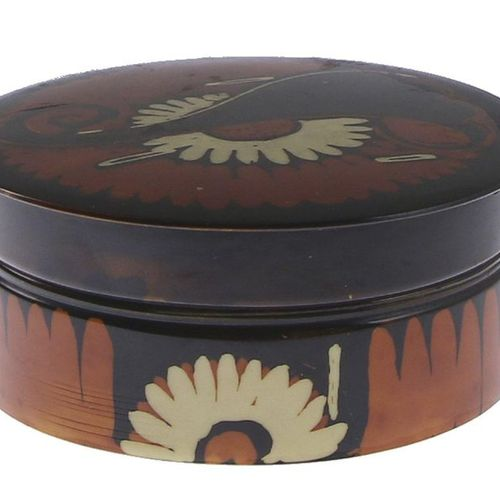 Louis Bogtman (1900 1969), celluloid lidded box with batiked Amsterdam School de…