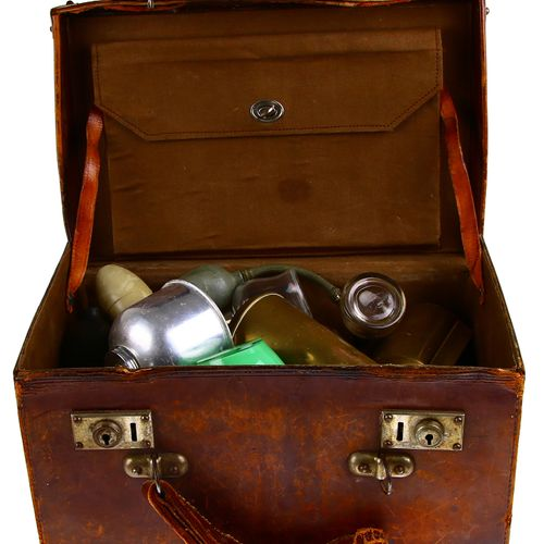 Old brown leather case with plant sprayers and atomizers 18.5 x 23 x 35 cm defec…