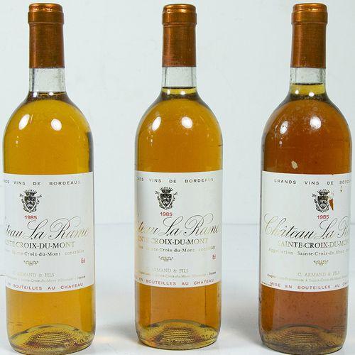 Vins, whisky, etc. Trois bouteilles Château la Rame, Sainte Croix du Mont, 1985 …