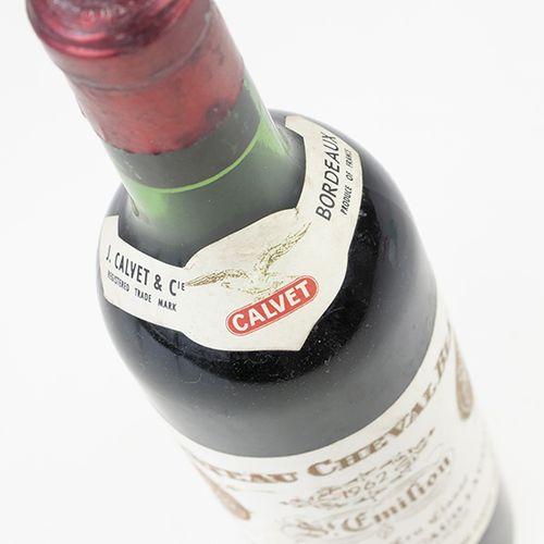 Vins, whisky, etc. Château Cheval Blanc, 1er Grand Cru Classé, 1962, 375 ml, niv…