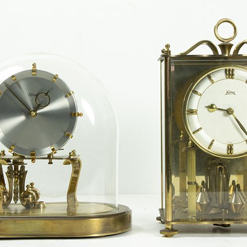 钟表 两个摆钟,科马和昆多