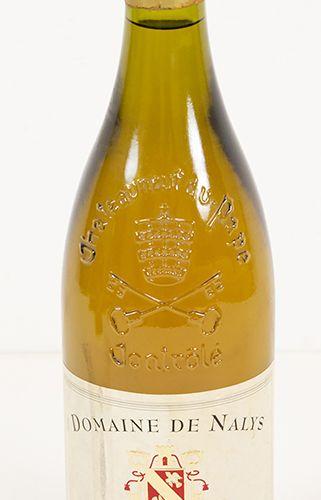 Vins, whisky, etc. Bouteille de vin blanc, Domaine de Nalys, Chateauneuf du Pape…