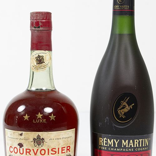 Vins, whisky, etc. Bouteille de cognac de fine champagne, V.S.O.P., Rémy Martin …
