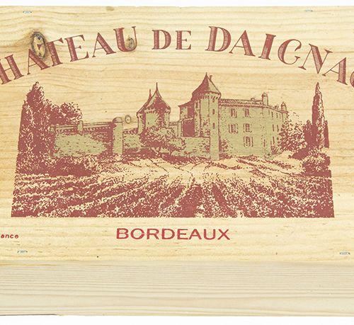 Vins, whisky, etc. Deux bouteilles de Château de Daignac, Bordeaux, 1995, dans u…