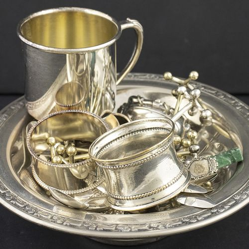 Silver plated and gilt objects Silver plated dish, knife rests, etc., silver tea…
