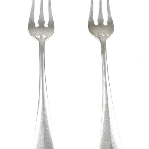 Silver objects Flatware, Netherlands Pair of silver pickle forks, 'Haags lof', m…