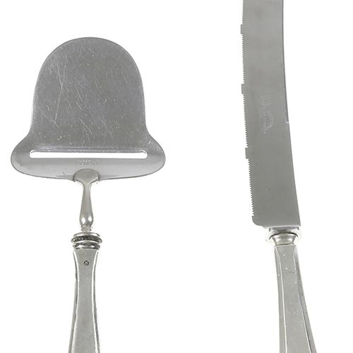 Silver objects Flatware, Netherlands Bread knife and cheese slicer with silver h…