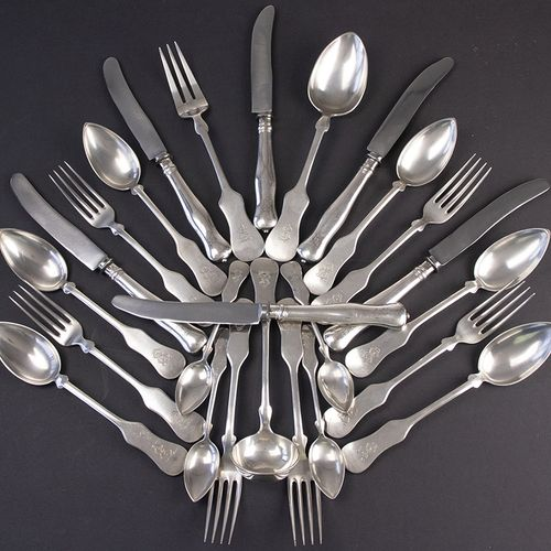 Silver objects Miscellaneous Silver flatware service comprising: six table knive…