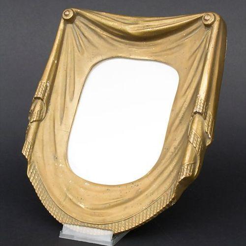 Kleiner Wandspiegel / A small wall mirror, um 1900 Material: Holz, Stuck, gefass…