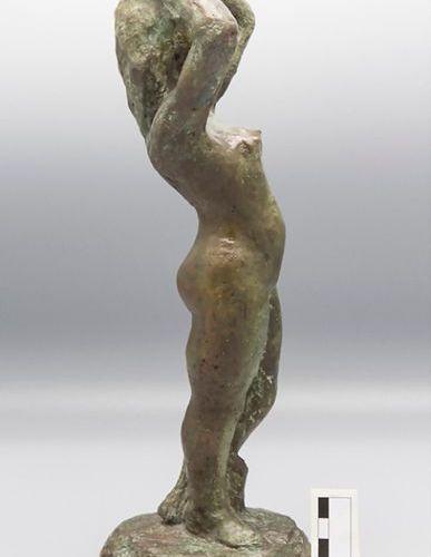 Künstler des 20. Jh., Bronze Skulptur 'Weiblicher Akt' / A bronze sculpture of a…