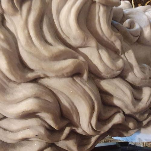 SCULPTURE Important Carrara marble bust representing Bacchus on a veneered and m…