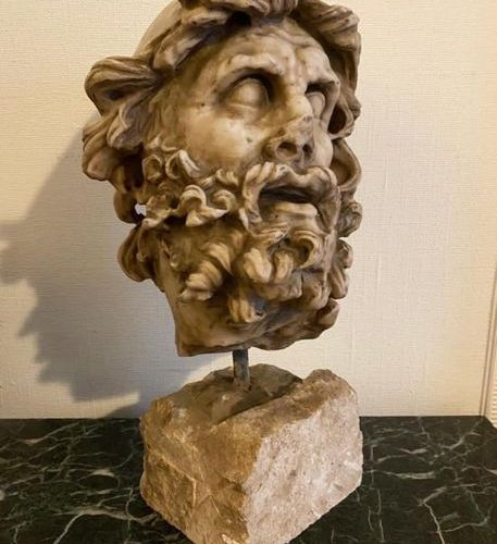 SCULPTURE EN MARBRE Hellenistic portrait depicting  Ulysses  Marble Sculpture  H…