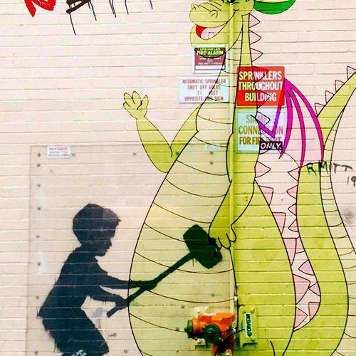 ROMANE JONCOEUR ( NÉ EN 1981) Elliott le dragon, 2021  Impression sur verre acry…
