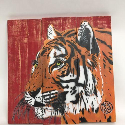 MOSKO Mosko  Gueule de tigre, 2016  Peinture aérosol et pochoir sur panneau de b…