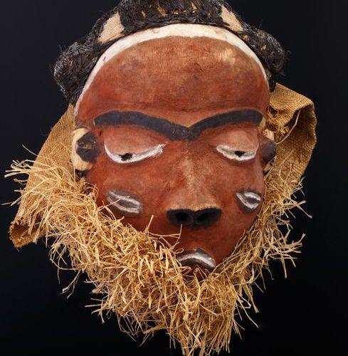 "Masque Pende Masque ""Pota"" ou ""Grujinga"" porté lors de danses diurnes, accompagn…"