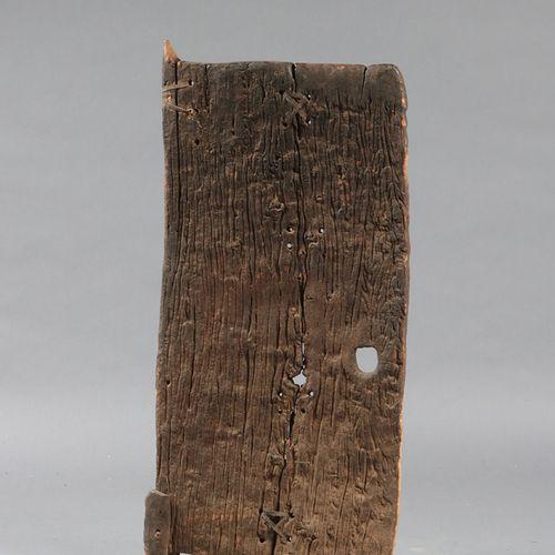 PORTE DOGON Porte de case  Mali, Dogon, 19e s.  56xH121cm  Provenance : Collecti…