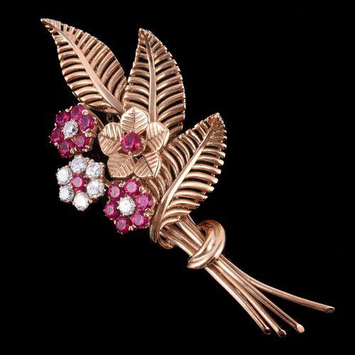 A 1970s synthetic ruby and diamond floral spray brooch Broche en forme de gerbe …