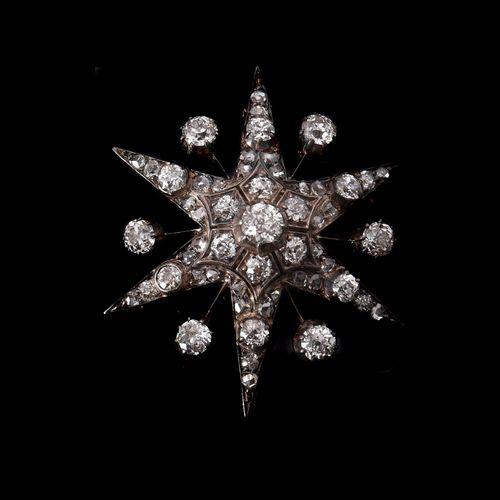 A late Victorian diamond star brooch/pendant Broche/pendentif étoile en diamant …