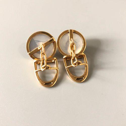 HERMES Rare et élégante paire de boutons de manchette en or jaune 18k (750 milli…