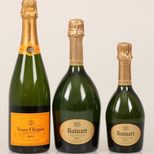 A lot of (3) champagnes consisting of Veuve Clicquot (37,5 cl) and two bottles o…