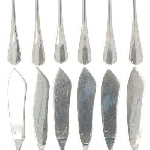 (12) piece set fish cutlery, Christofle, silver plated. 由6把刀和6把叉子组成。法国,巴黎,Christ…