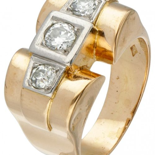 18K. Yellow gold and Pt 950 platinum tank ring set with approx. 0.46 ct. Diamond…