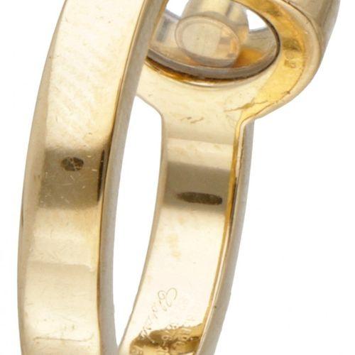 18K. Yellow gold Chopard 'Happy Diamonds' ring set with approx. 0.04 ct. Diamond…