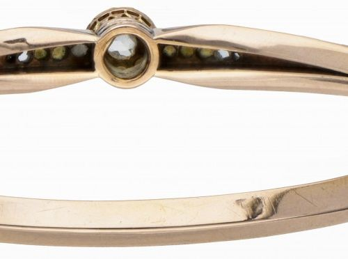 14K. Rose gold antique bangle bracelet set with diamond and seed pearl. Poinçons…
