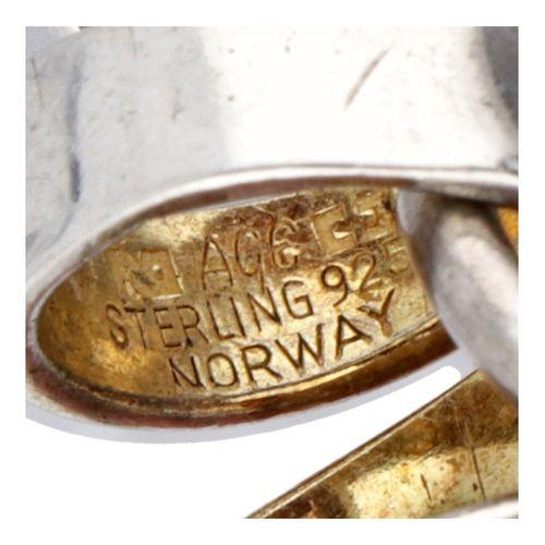 Silver Anna Greta Eker modernist pendant 925/1000. L'intérieur du pendentif est …