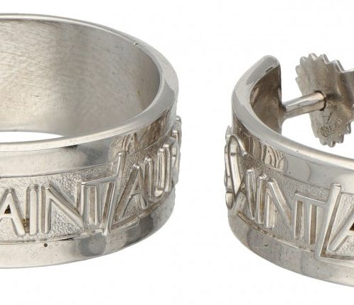 Silver Yves Saint Laurent 'Collection Argent' creole earrings 925/1000. Avec boî…