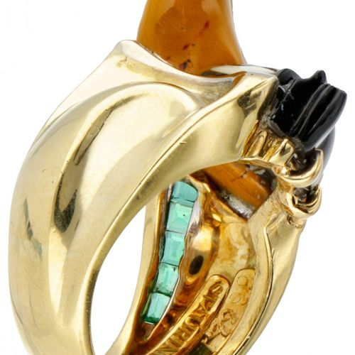 18K. Yellow gold Staurino Daffy Duck ring set with approx. 0.18 ct. Diamond and …