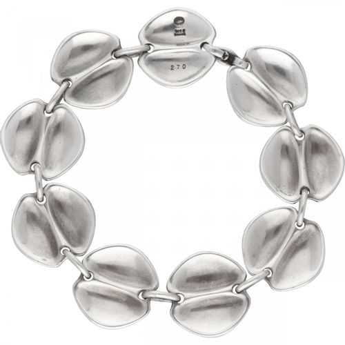 Henning Koppel for Georg Jensen no.270 silver modernist bracelet 925/1000. 印记:19…