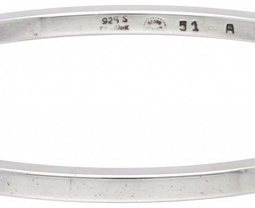 Georg Jensen no.51A silver bangle bracelet 925/1000. 印记:925S,丹麦,1945年后Georg Jens…