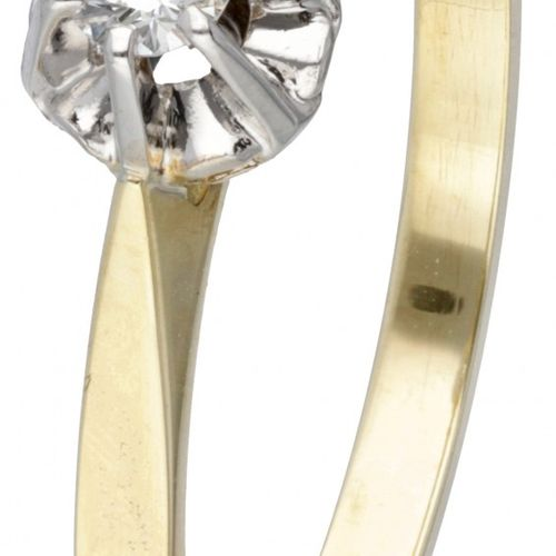 14K. Yellow gold Diamonde solitaire ring set with approx. 0.07 ct. Diamond. Poin…