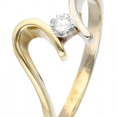 14K. Bicolor gold ring set with approx. 0.17 ct. Diamond. Marque du fabricant : …