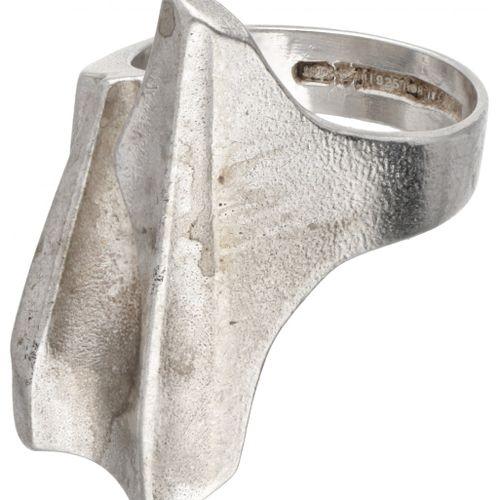 Björn Weckström for Lapponia silver 'Shuttle' ring 925/1000. Poinçons : 925, mar…