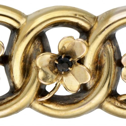 14K. Yellow gold antique brooch with movable three leaf clovers. Poinçon : 585. …