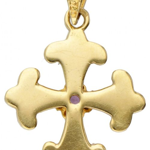 18K. Yellow gold cross shaped pendant set with approx. 0.05 ct. Natural ruby a…