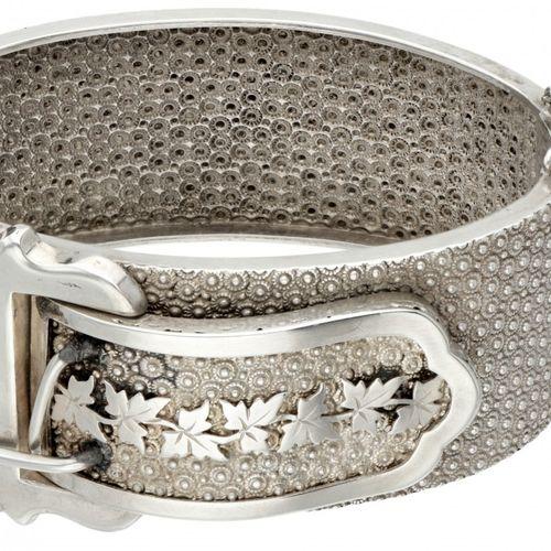 Silver antique bangle bracelet with buckle 800/1000. Poinçons : 800, Z. Marque d…