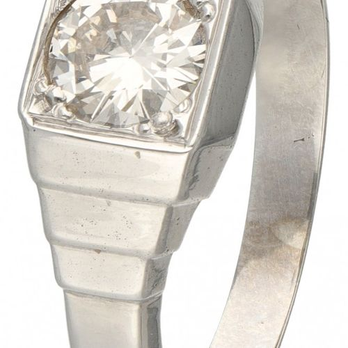 14K. White gold vintage solitaire ring set with approx. 1.00 ct. Diamond. Poinço…