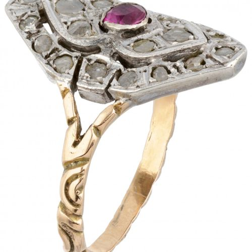 14K. Yellow gold and 835/1000 silver antique ring set with diamond and synthetic…