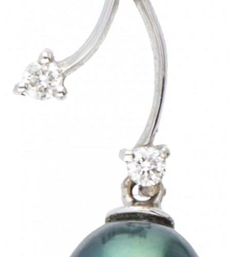 18K. White gold Mikura Pearls pendant set with approx. 0.05 ct. Diamond and Tahi…